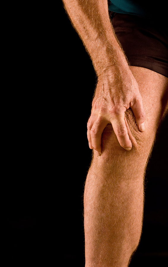 Chronic knee pain can be helped with physical therapy